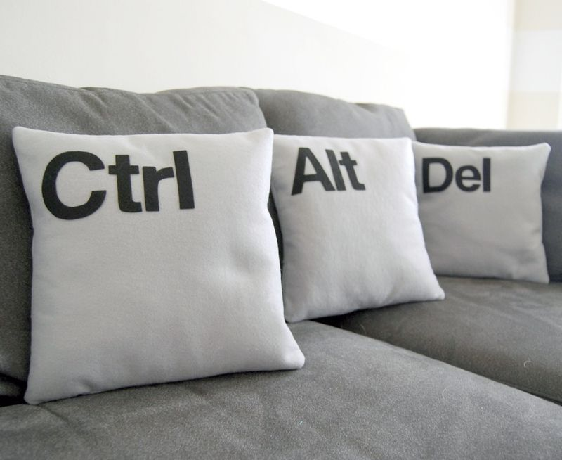 earth friendly, green wedding, geek chic, computers, weddings, ctrl, alt, del, pillows, home decor, wedding gift