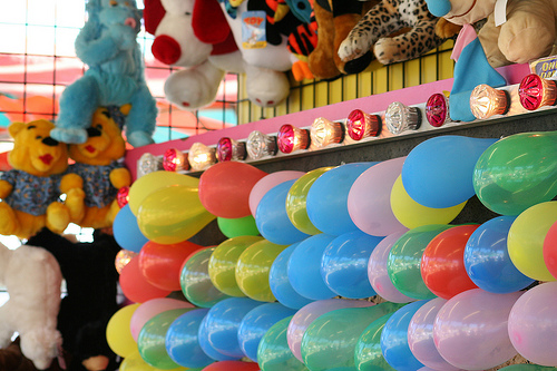 balloon bust carnival game
