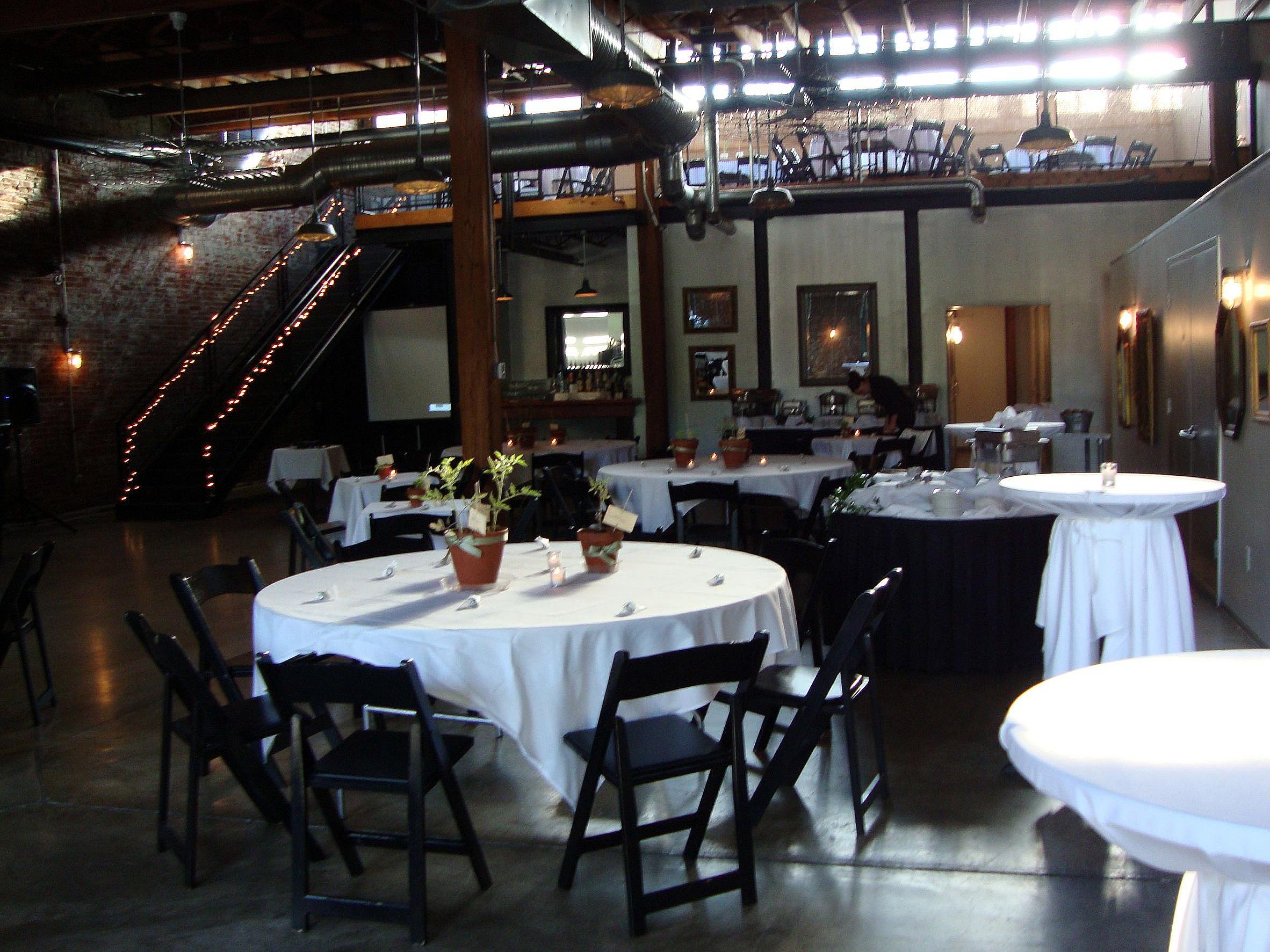 Sqwires Annex Wedding Reception St Louis