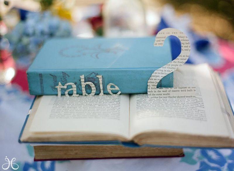 Vintage-library-book-wedding-photos-21