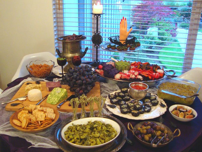 Halloween cocktail party buffet