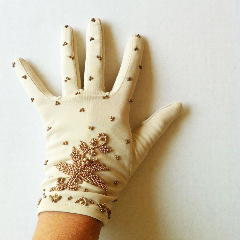 Vintage Beaded Gloves - Size 6 1/2 - Made in Hong Kong