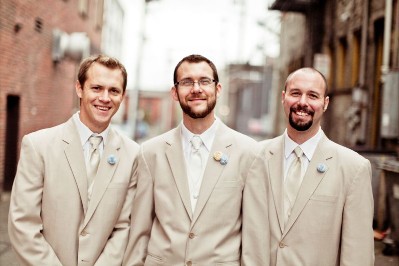 Handsome groom and groomsmen wearing handmade boutonnieres.  Photo by Kaylee Eylander | http://eylanderphotography.com/