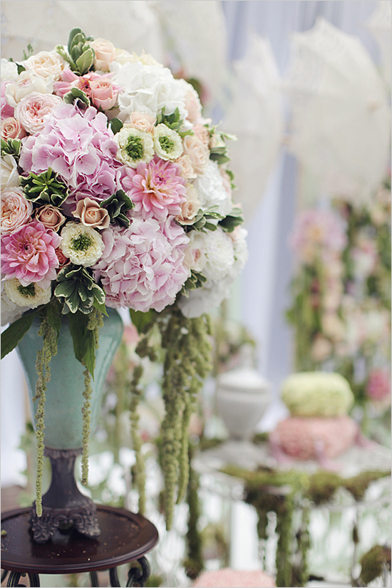 Weddingfloralarrangement
