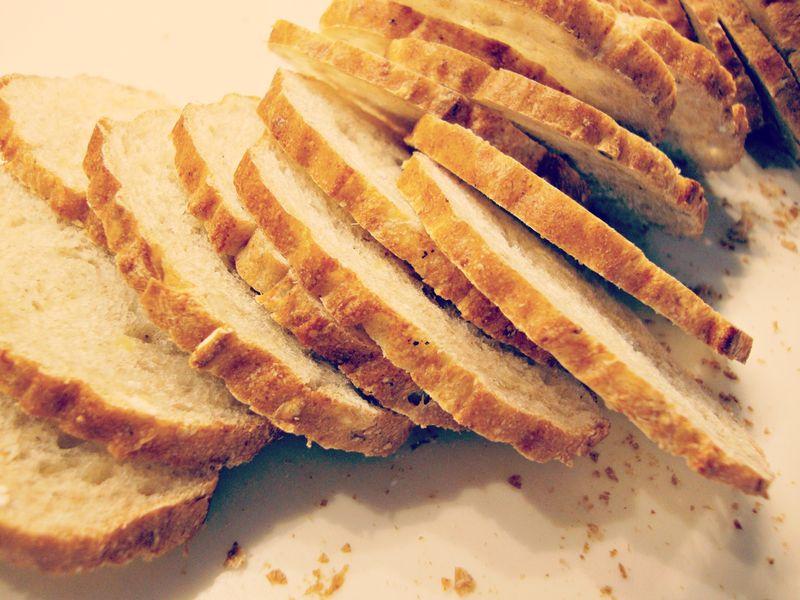 DIY Melba toast crackers
