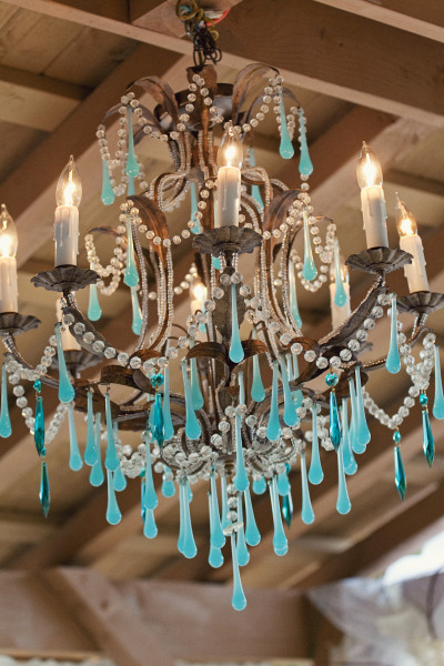 Amazing chandelier with blue drops.